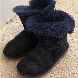 Girls navy flower Bailey button Ugg boots sz 11